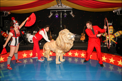 Lion taming performers